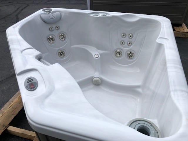 Used Aventine Hot Tub
